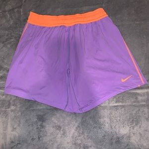 Nike shorts / brand new with tags/cute